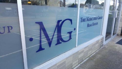 Mercurio Group Glass Lettering 06